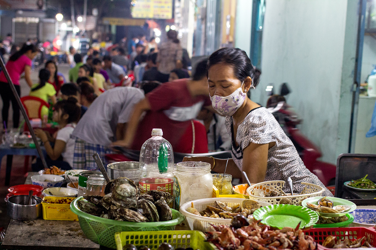 best seafood saigon