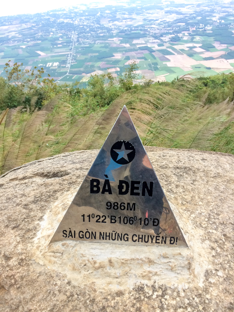 climb ba den mountain
