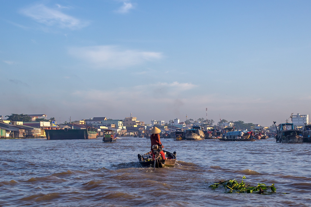 can tho floating market tour from ho chi minh city