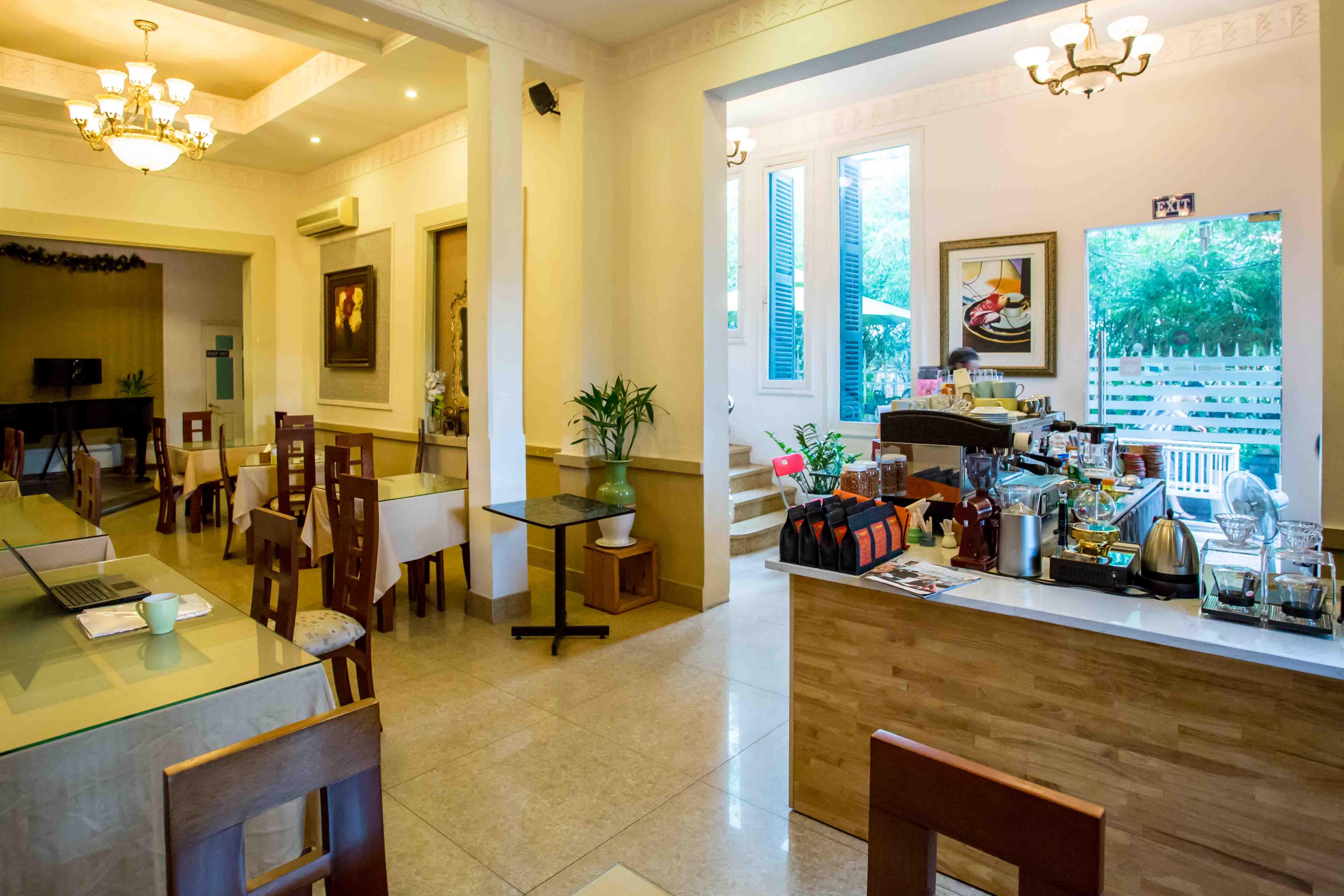 Cafes in Saigon